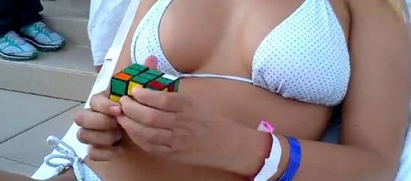 how-to-solve-a-rubik-s-cube-thumb