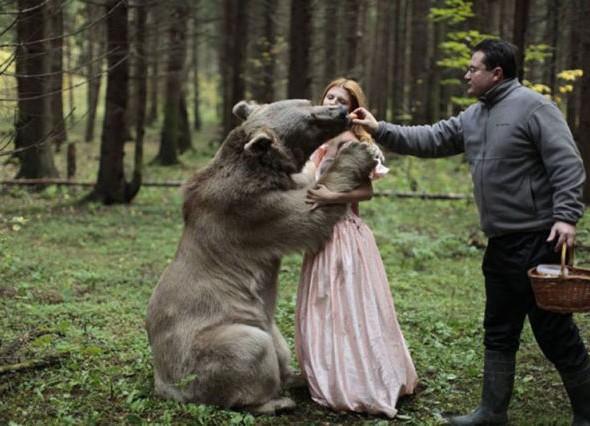 human_beings_doing_extraordinary_things_640_22 animal photo