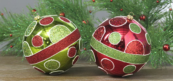 2014-RAZ-Aspen-Sweater-Christmas-Decorating-Ideas_001