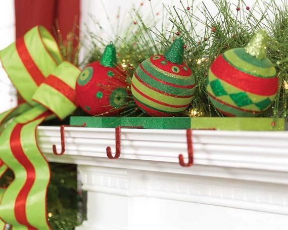 2014-RAZ-Aspen-Sweater-Christmas-Decorating-Ideas_005
