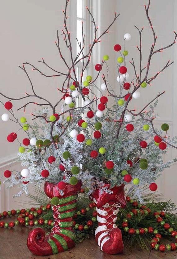 2014-RAZ-Aspen-Sweater-Christmas-Decorating-Ideas_015