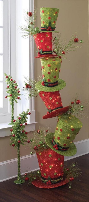 2014-RAZ-Aspen-Sweater-Christmas-Decorating-Ideas_048