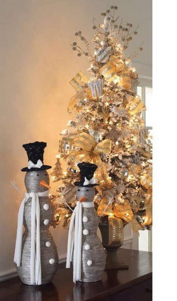 2014-RAZ-Aspen-Sweater-Christmas-Decorating-Ideas_053