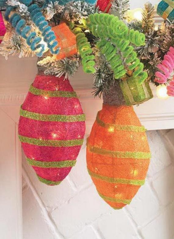 2014-RAZ-Aspen-Sweater-Christmas-Decorating-Ideas_070