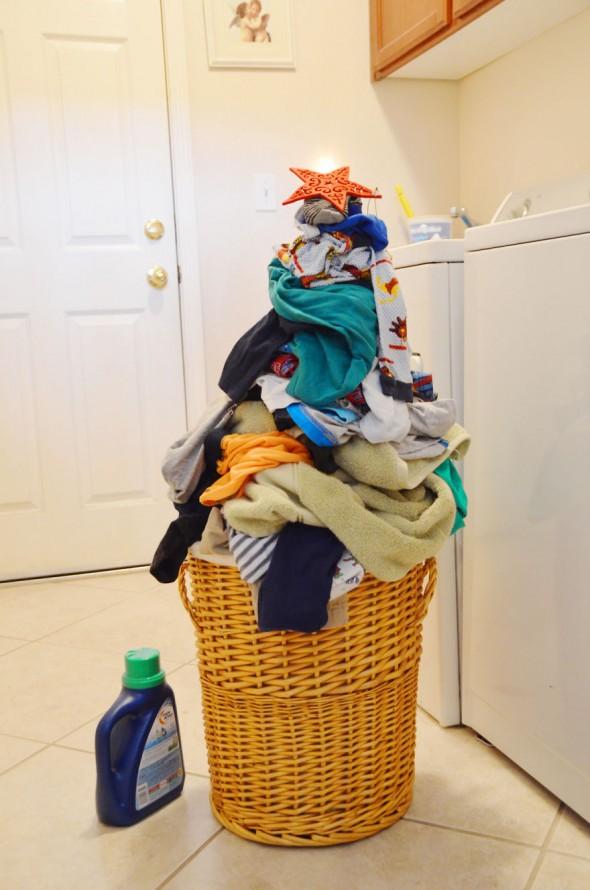 #27 Queenie's Laundry Christmas Tree