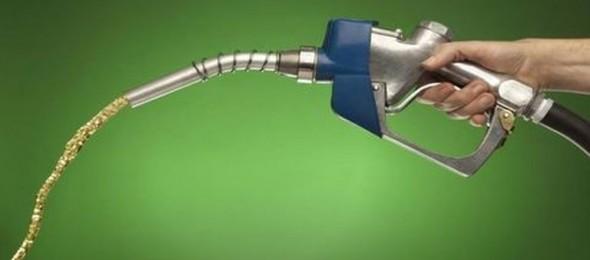 benzin-adrenalin-brza-voznja-dobro-je-znati-radio-pingvin